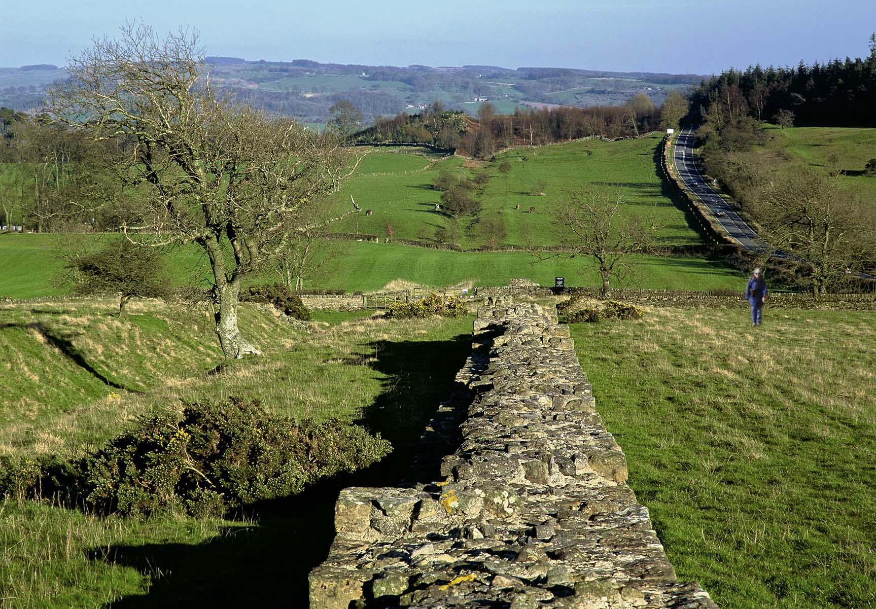 Long Distance Walks in Hadrian's Wall Path, Newcastle in England